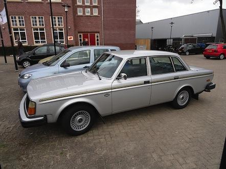 week 15 Volvo 244 Jubalee